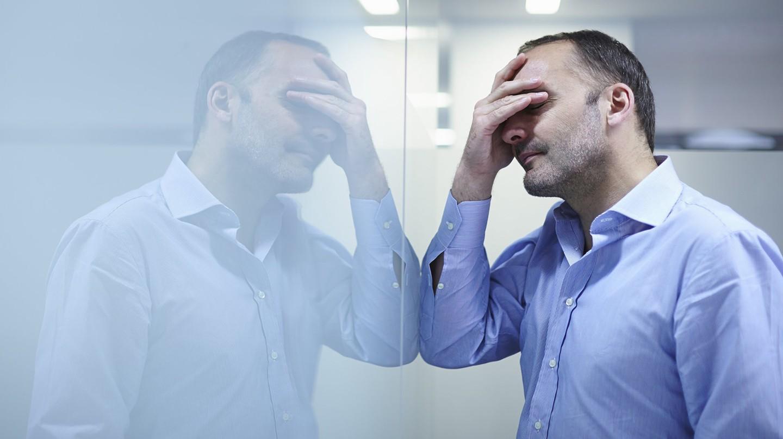 Wenn sich Migräne mit einem Anfall einstellt, empfinden sich viele Patienten als halbe Menschen.